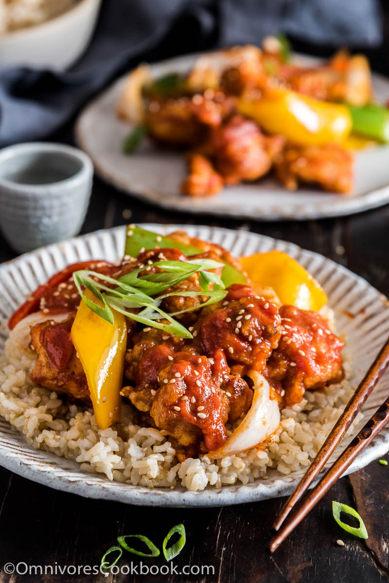 Sweet and Sour Chicken - This recipe teaches you to cook proper Chinese takeout style sweet and sour chicken with a tutorial video and step-by-step pictures.
