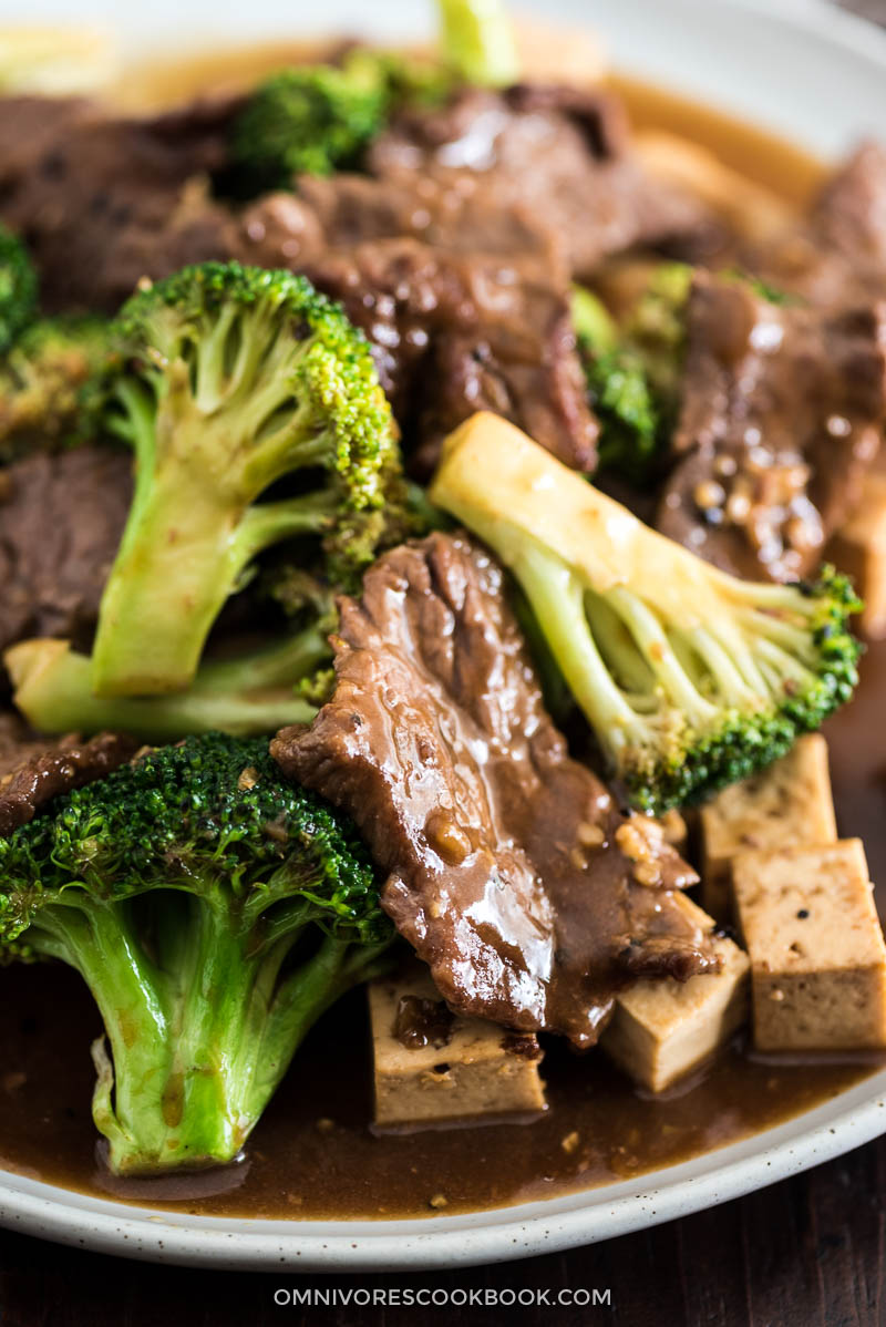 Chinese beef and broccoli with tofu one pan take out good food this one pan takeout style chinese beef and broccoli dish is extra saucy forumfinder Image collections