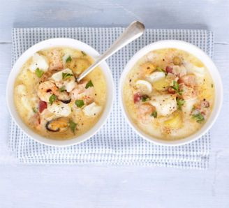 Simple seafood chowder