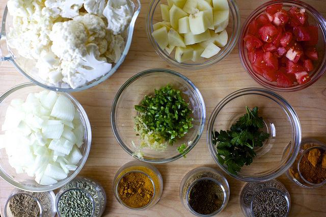 indian-spiced cauliflower soup
