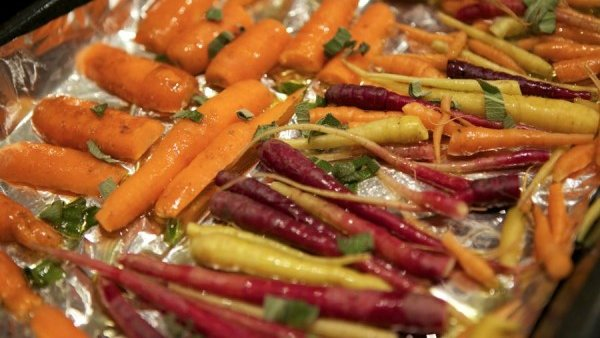 Roasted Sage Carrots