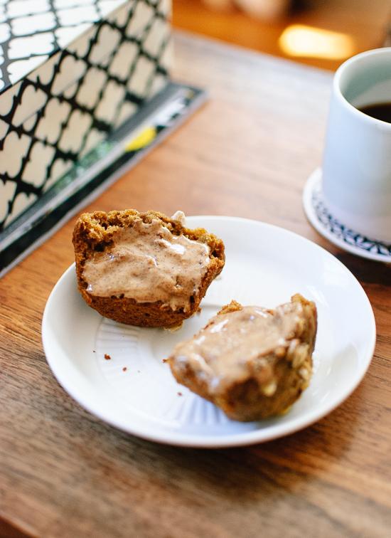 Healthy pumpkin muffins - cookieandkate.com