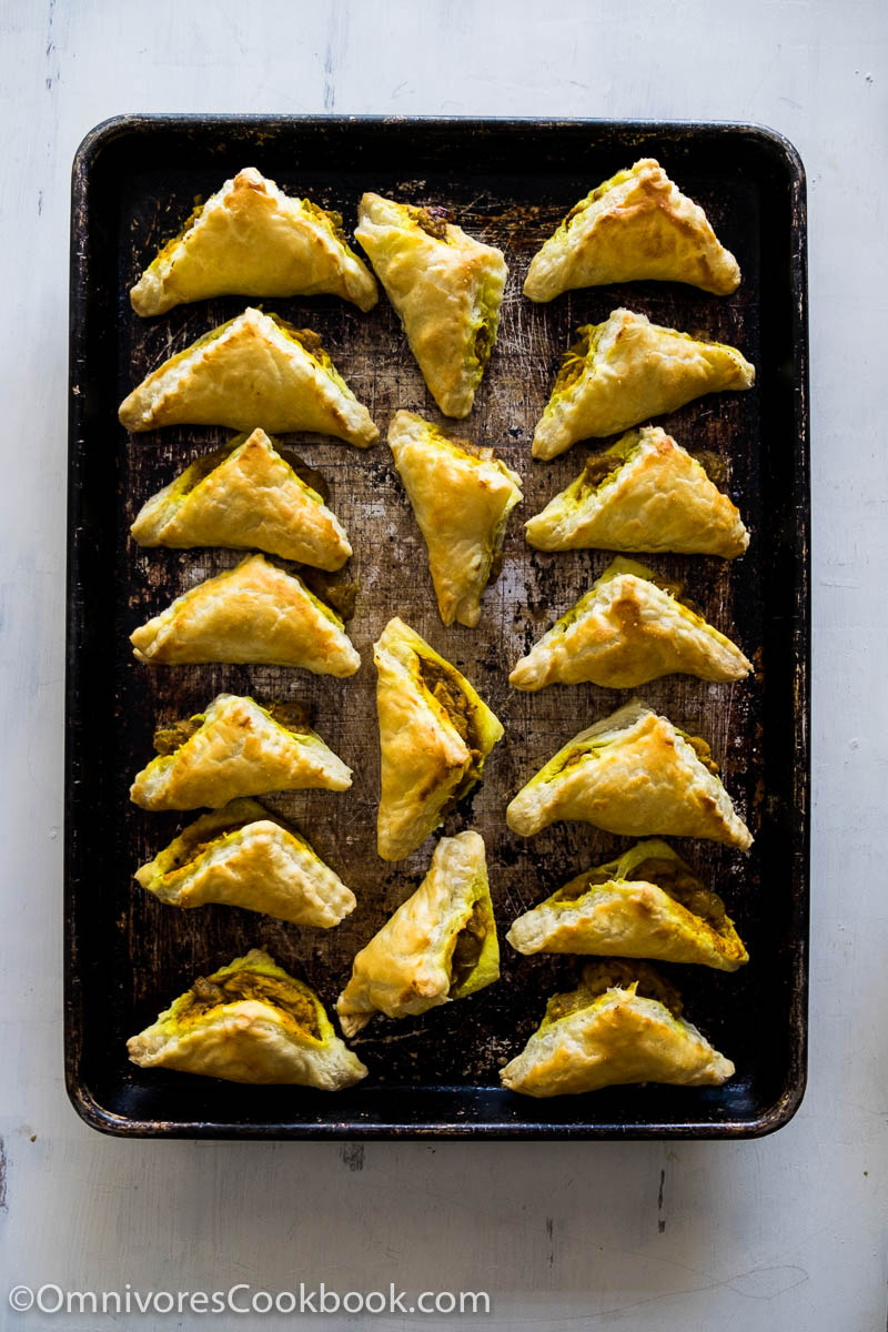 Turn your Thanksgiving leftovers of mashed potatoes and turkey into this classic Chinese dim sum dish – really easy!