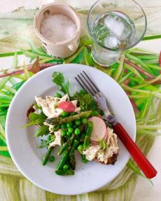 Spring chicken salad sandwiches with asparagus and peas