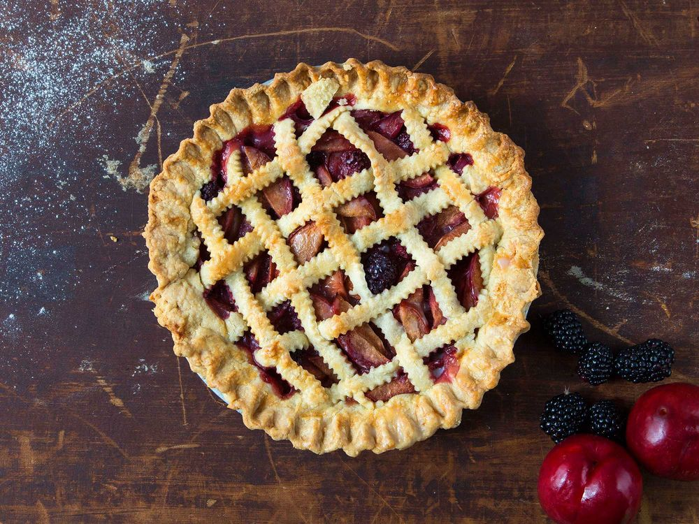 BLACKBERRY-PLUM LATTICE PIE
