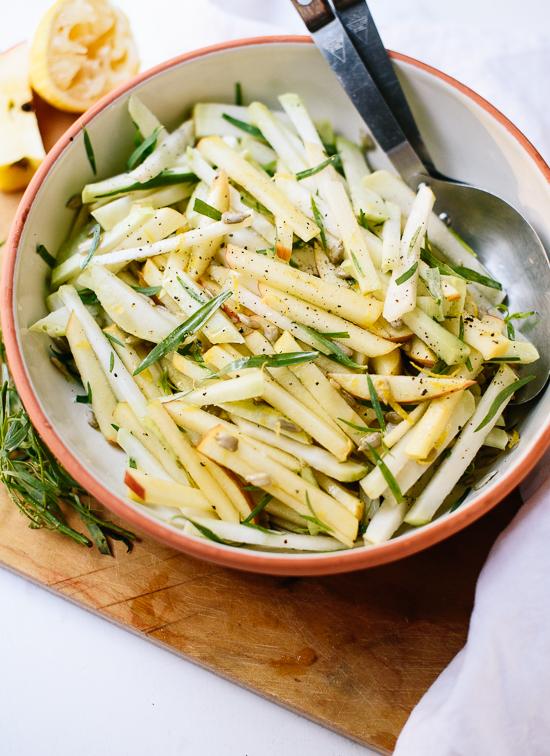 Crispy apple kohlrabi salad